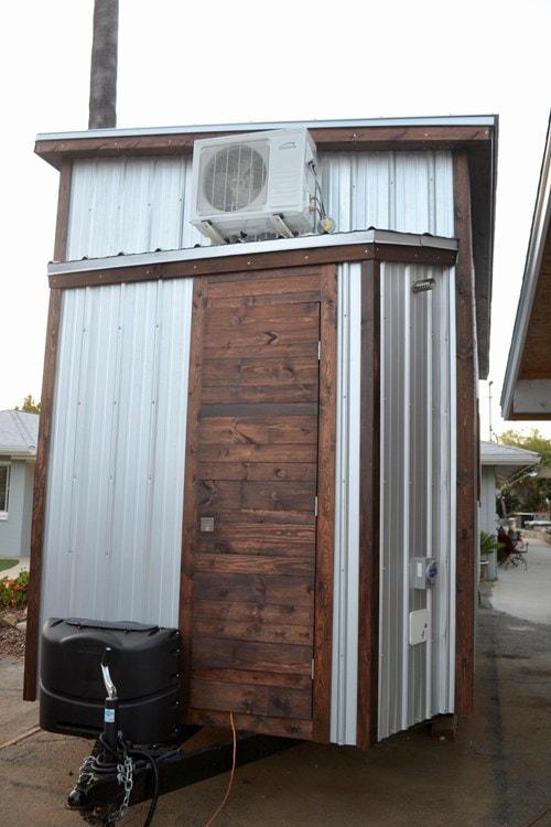 Steel Framed 24' Custom Modern Tiny Home - Slide 4