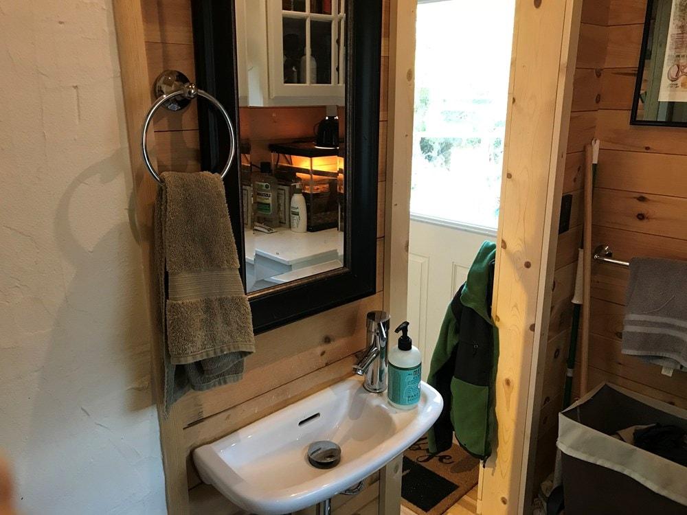 Vermont made Tiny House - Slide 4