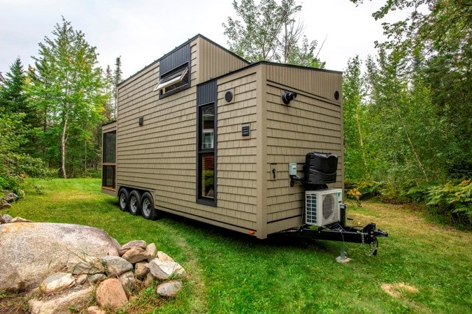 25 foot Tiny House on wheels with screened in porch - Slide 2