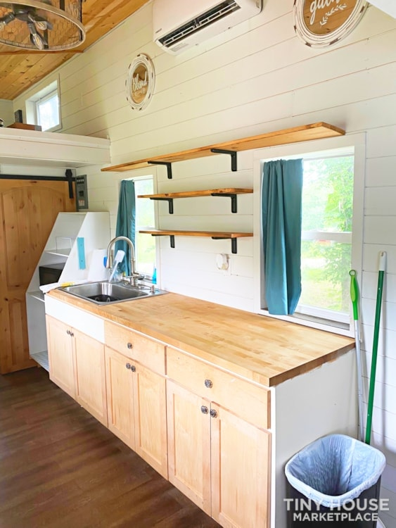 Cozy Airbnb or Rental Tiny Home! - Slide 6