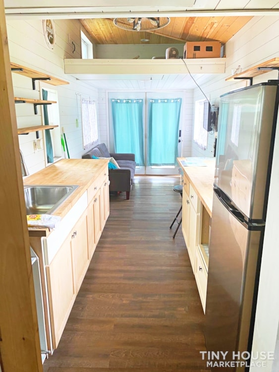 Cozy Airbnb or Rental Tiny Home! - Slide 9