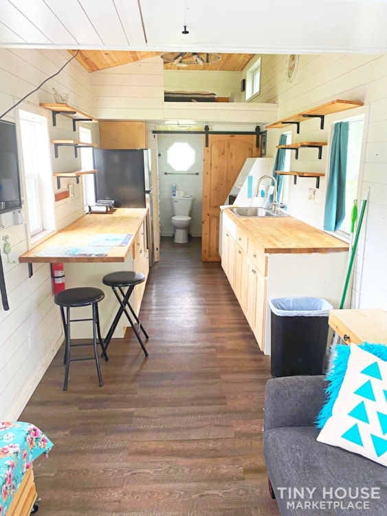 Cozy Airbnb or Rental Tiny Home! - Slide 12