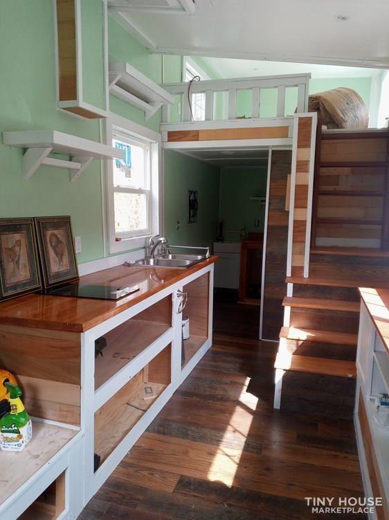 24 ft tiny house - Slide 8