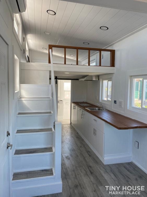 24' Tiny House FOR SALE  - Slide 8