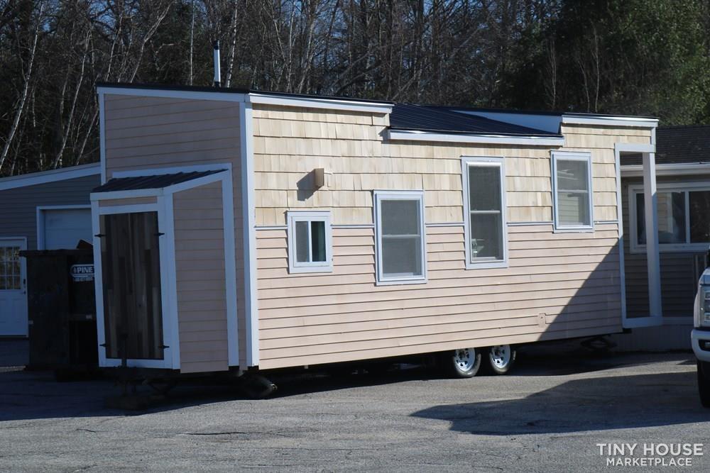 26' Smart Tiny Home on Wheeles - Slide 29