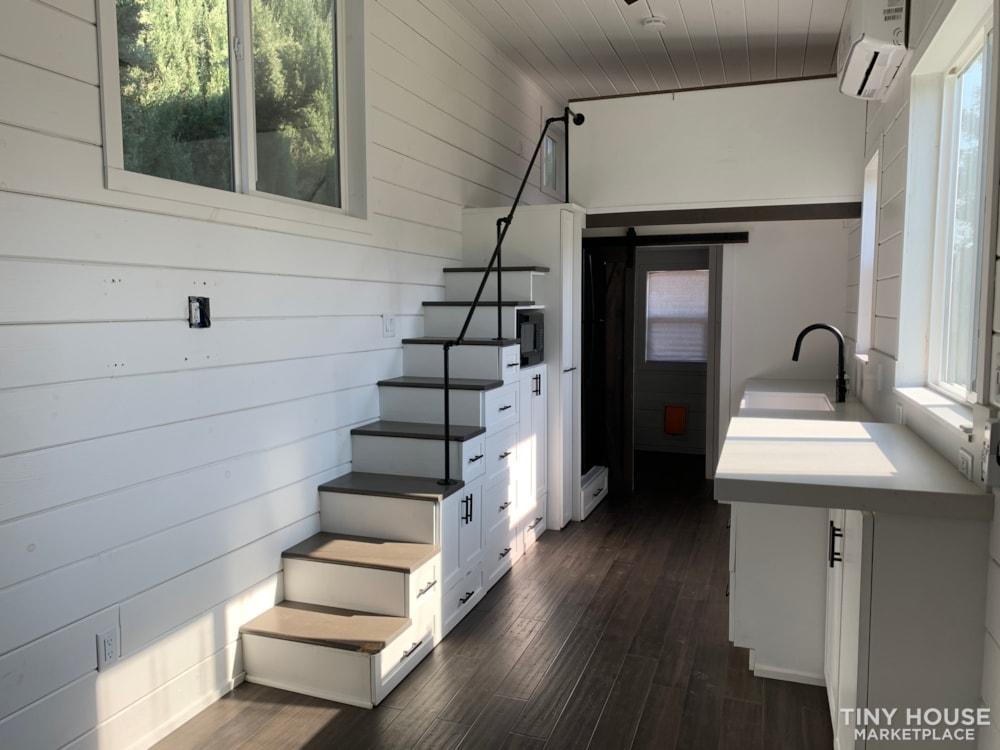 26ft Modern Farm Tiny House on Wheels - Slide 7