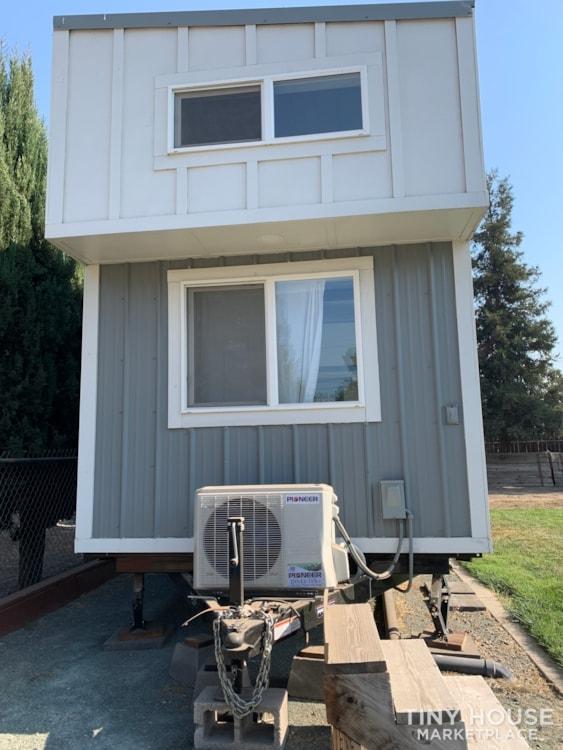 26ft Modern Farm Tiny House on Wheels - Slide 18