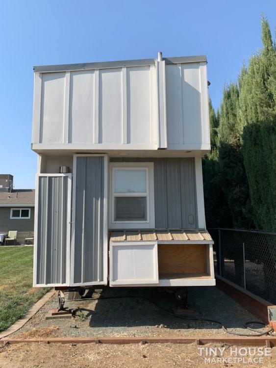 26ft Modern Farm Tiny House on Wheels - Slide 19