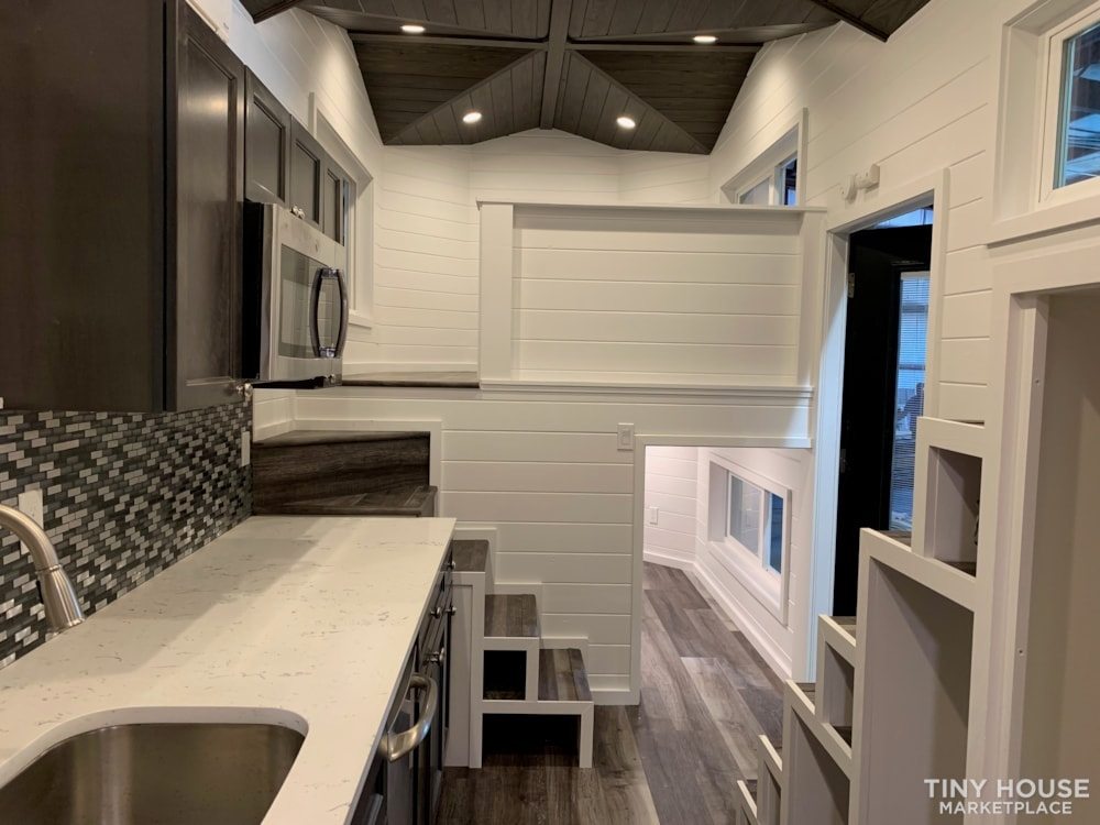 26ft Modern Tiny House built  2018 RVIA certified. High End Luxury Finishes. - Slide 1