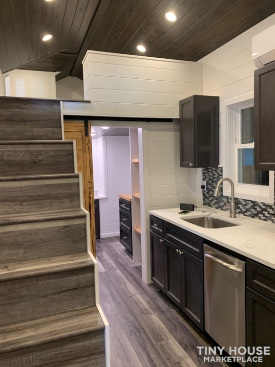 26ft Modern Tiny House built  2018 RVIA certified. High End Luxury Finishes. - Slide 3