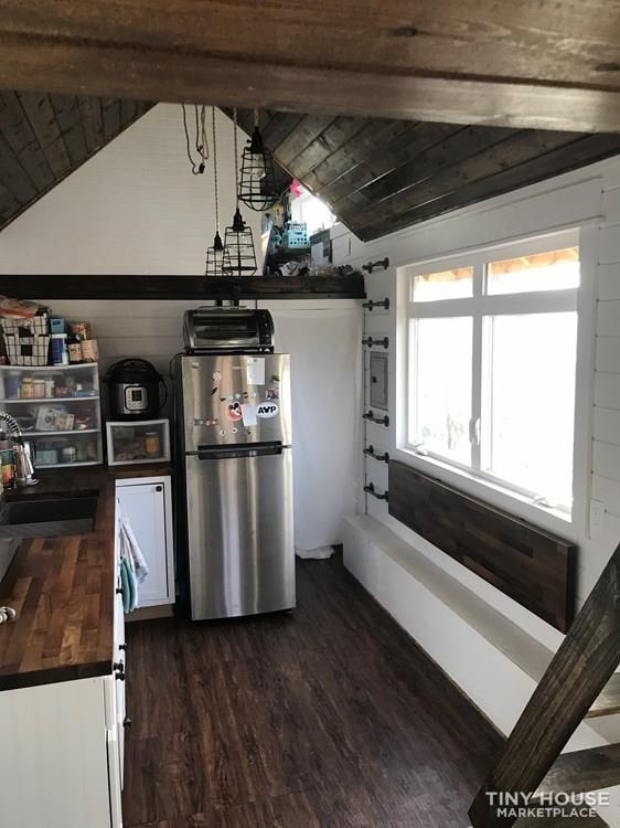 28' double loft farmhouse THOW - Slide 6