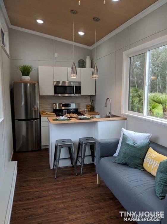28' Modern and Spacious Tiny House on Wheels in a great location - Slide 2