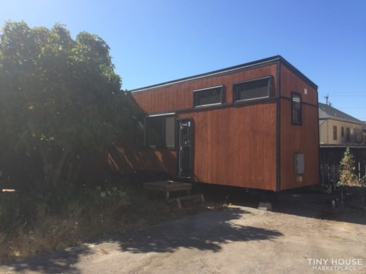 28' Modern and Spacious Tiny House on Wheels in a great location