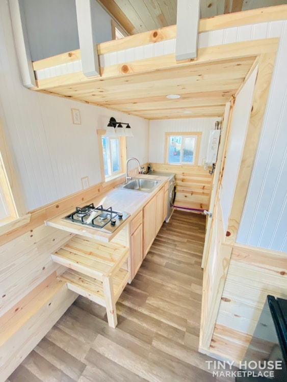 20' x 8' Tiny House   No Credit Check   0% Interest Financing - Slide 10