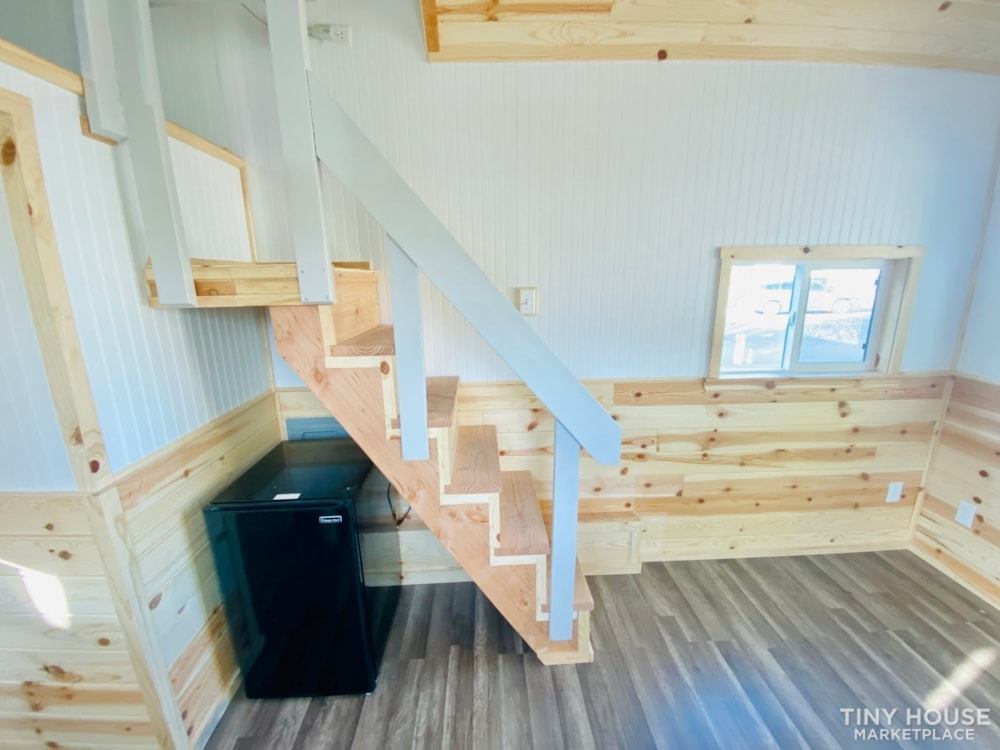 20' x 8' Tiny House   No Credit Check   0% Interest Financing - Slide 12
