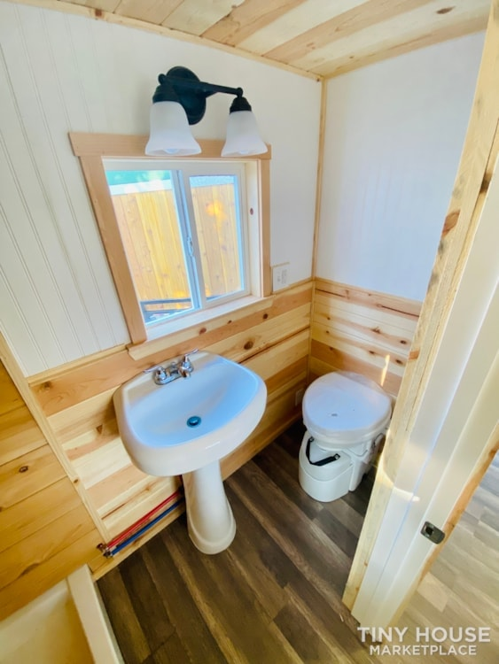 20' x 8' Tiny House   No Credit Check   0% Interest Financing - Slide 17