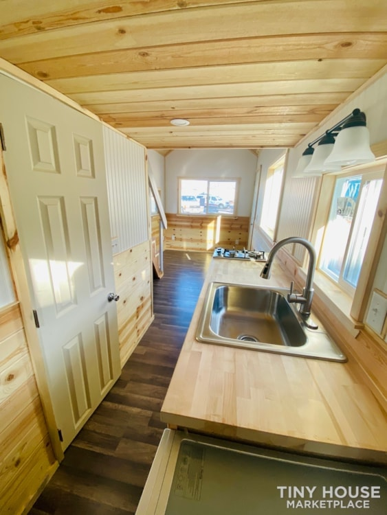20' x 8' Tiny House   No Credit Check   0% Interest Financing - Slide 18