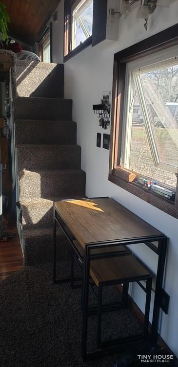 28ft by 8.5ft Tiny House for Sale - PRICE TO SELL! $40k includes all belongings! - Slide 5