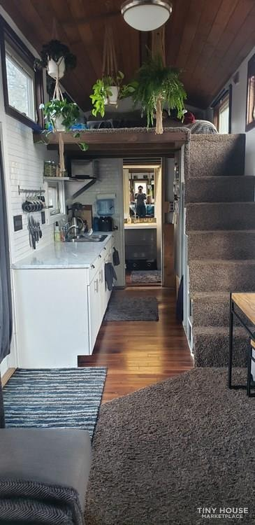 28ft by 8.5ft Tiny House for Sale - PRICE TO SELL! $40k includes all belongings! - Slide 7