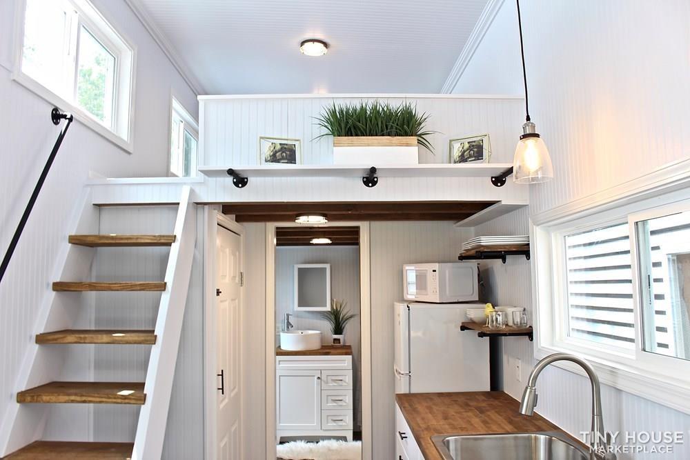 30' Humble Shack Tiny House on Wheels - Slide 20