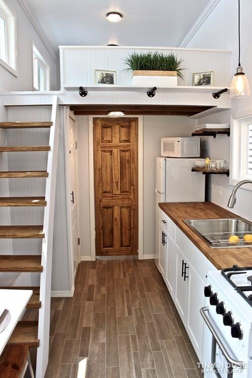 30' Humble Shack Tiny House on Wheels - Slide 25