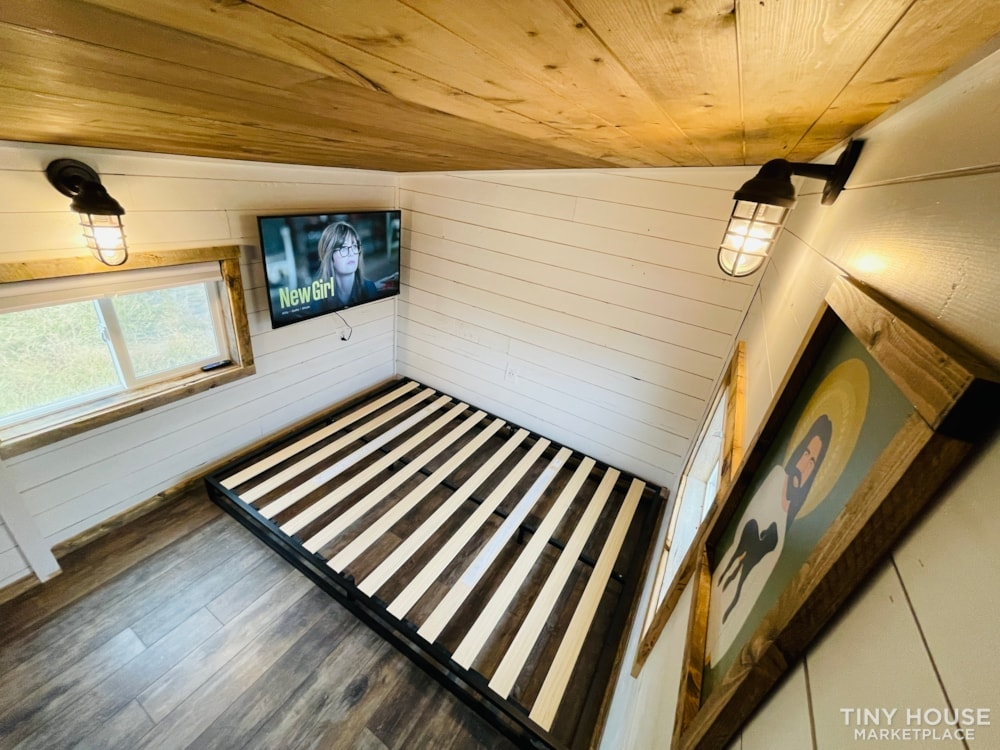 320 SqFt Home Style Sweet Tiny Home - Slide 30