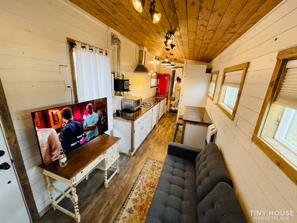 320 SqFt Home Style Sweet Tiny Home - Slide 36