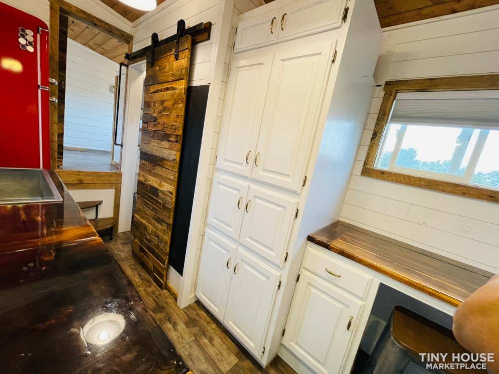 320 SqFt Home Style Sweet Tiny Home - Slide 39