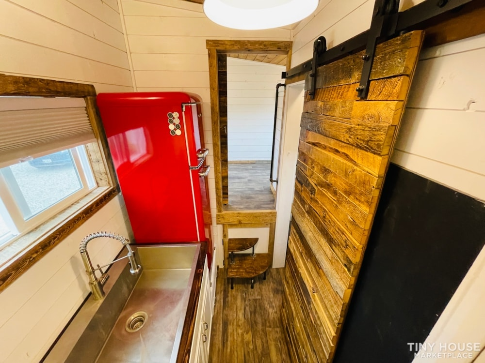 320 SqFt Home Style Sweet Tiny Home - Slide 40