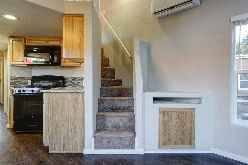 40x10 Tiny Home, Salem, OR - Slide 4