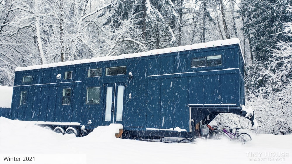 42' Tiny House on Wheels, Optional Parking Spot on 15 Acres in Olympia, WA  - Slide 16
