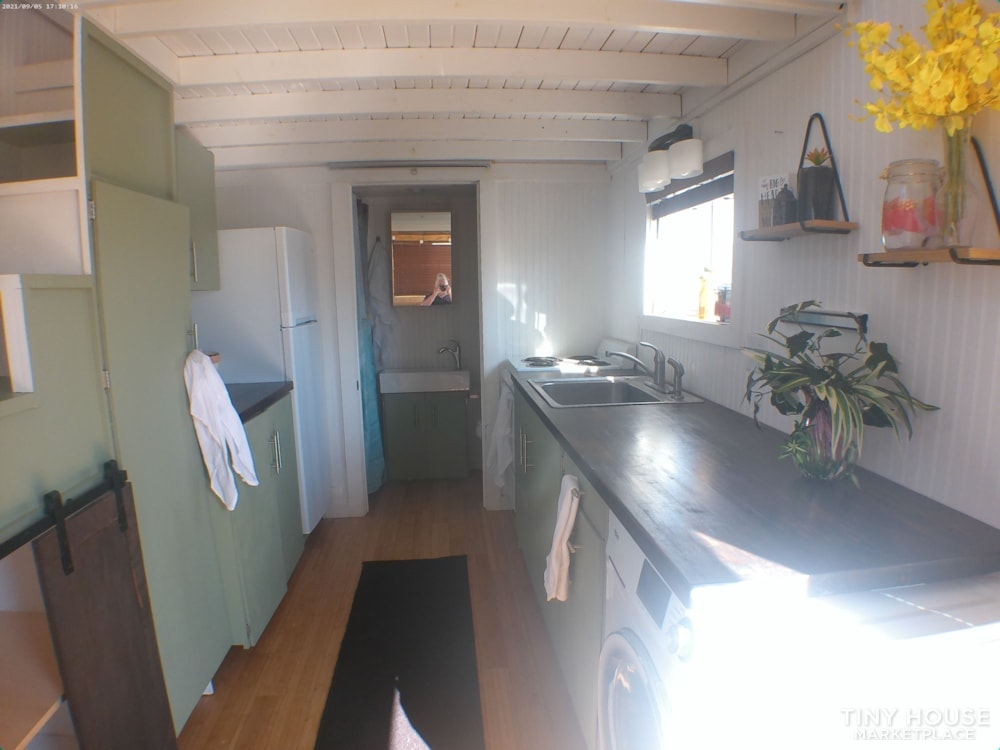 8' X 20' Tiny Home on Wheels - Slide 4