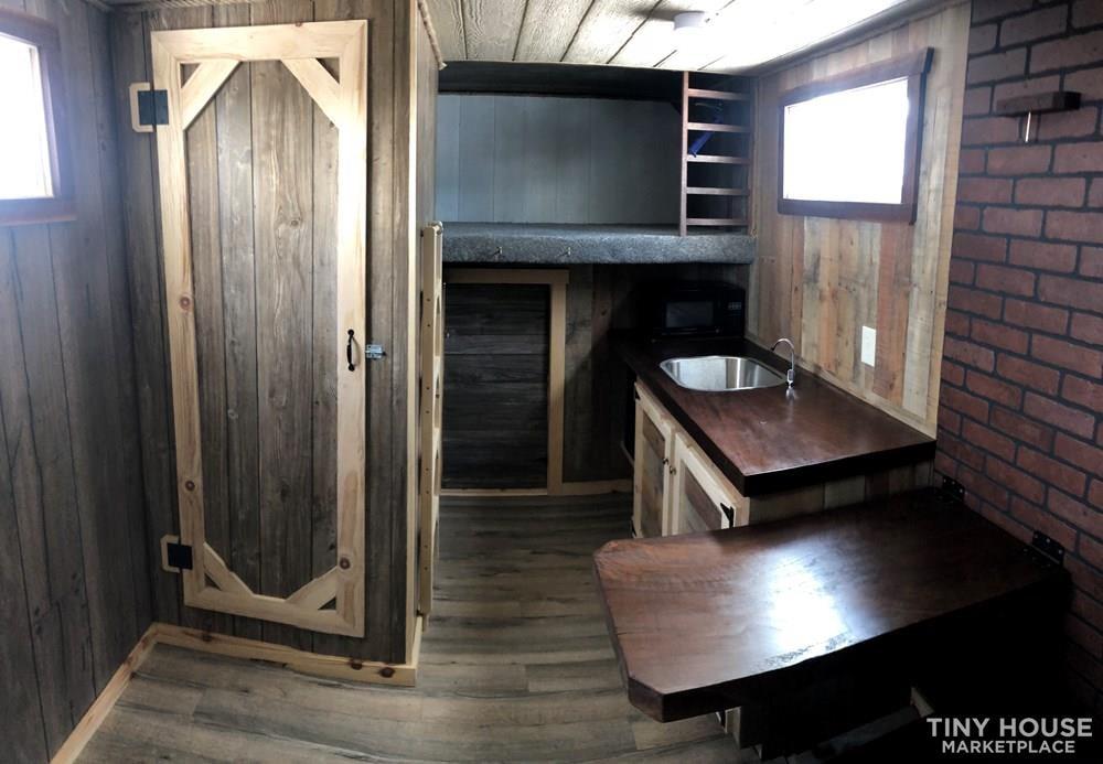 Low Price!! Box Truck Tiny Home!! - Slide 8