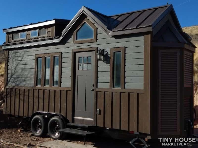 Amazing Tiny House - Slide 1