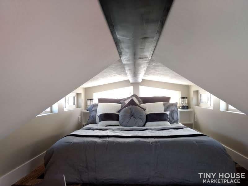 Amazing Tiny House - Slide 11