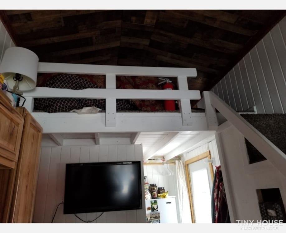 Amazing Tiny House! - Slide 5