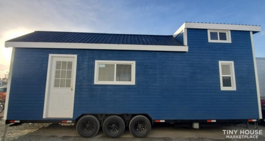 28ft Blue Lagoon Tiny Home on Wheels