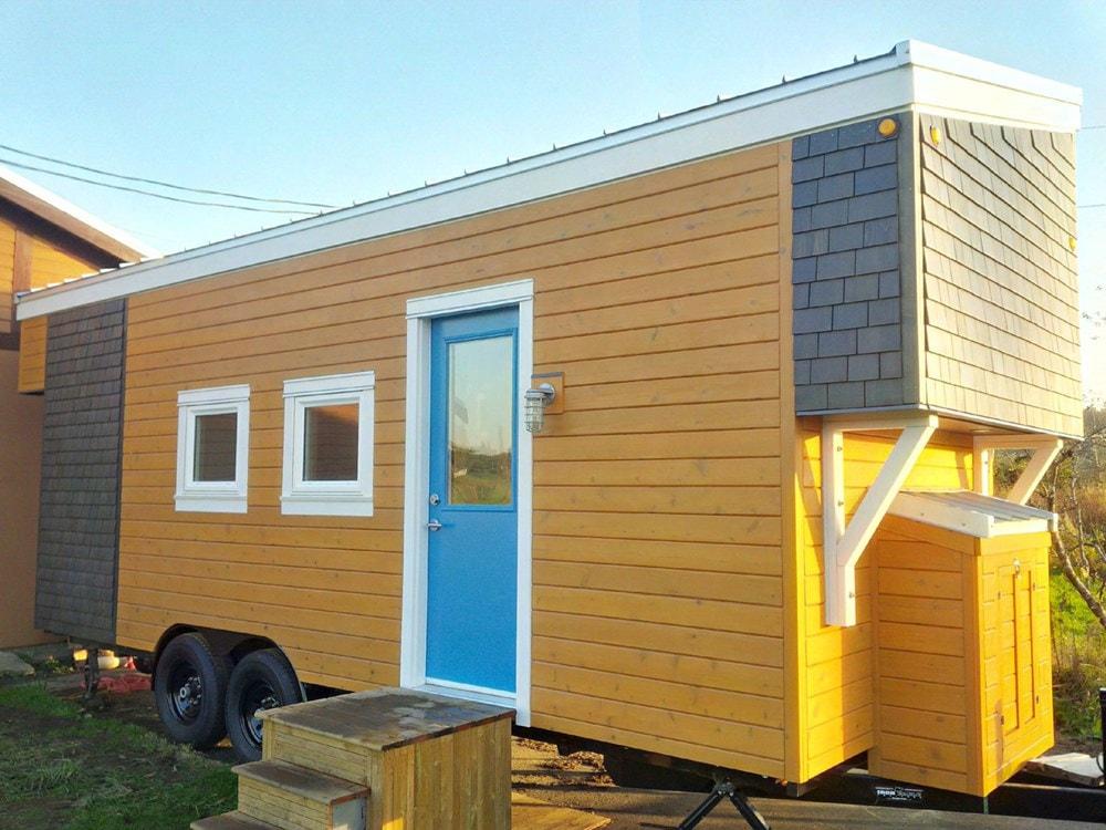 Brand New 2 Bedroom Tiny House FOR SALE - Slide 1