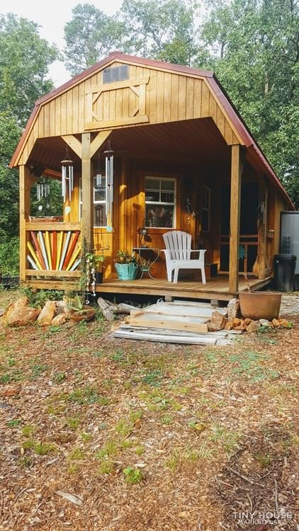 Charming and Rustic Old Hickory Home - Slide 2
