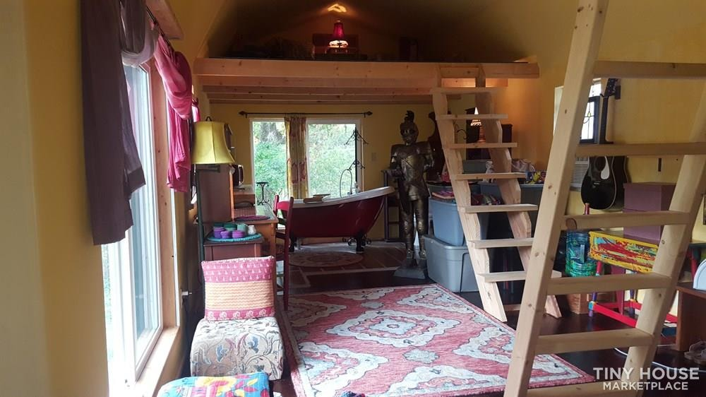 Charming and Rustic Old Hickory Home - Slide 6
