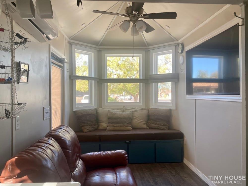 Charming Custom tiny house on trailer  - Slide 4