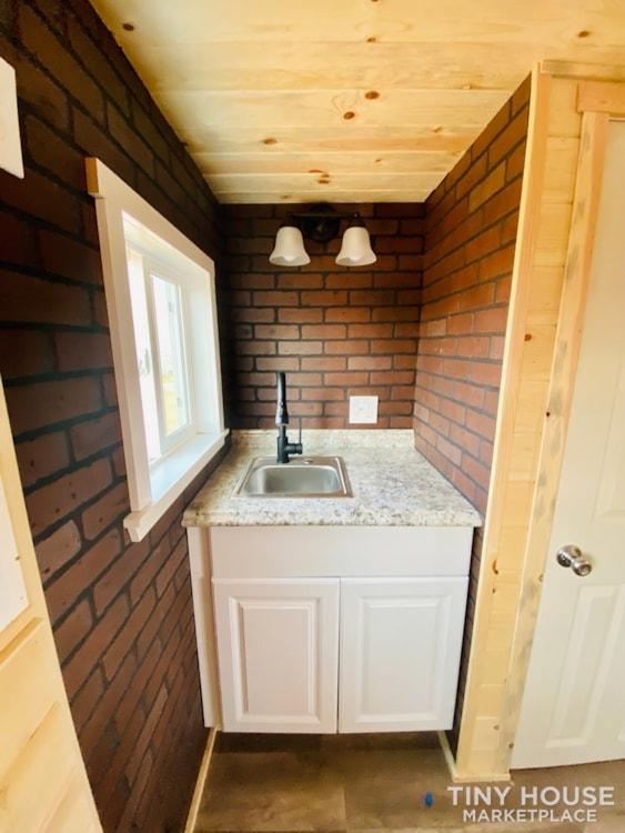 Colorado 12'   20amp Solar from Renogy   Composting Toilet   Off Grid   $27,500 - Slide 5