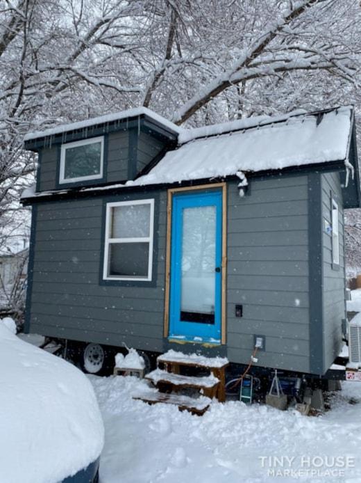 Cozy, professionally built tiny house