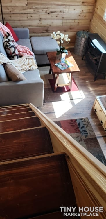 Custom 26 foot tiny house on wheels - Slide 9