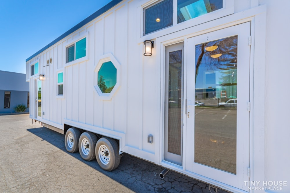 Custom 3 Bedroom 8.5' x 32' Tiny Home On Wheels - Slide 2
