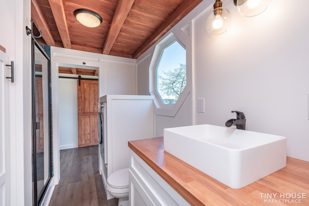 Custom 3 Bedroom 8.5' x 32' Tiny Home On Wheels - Slide 9