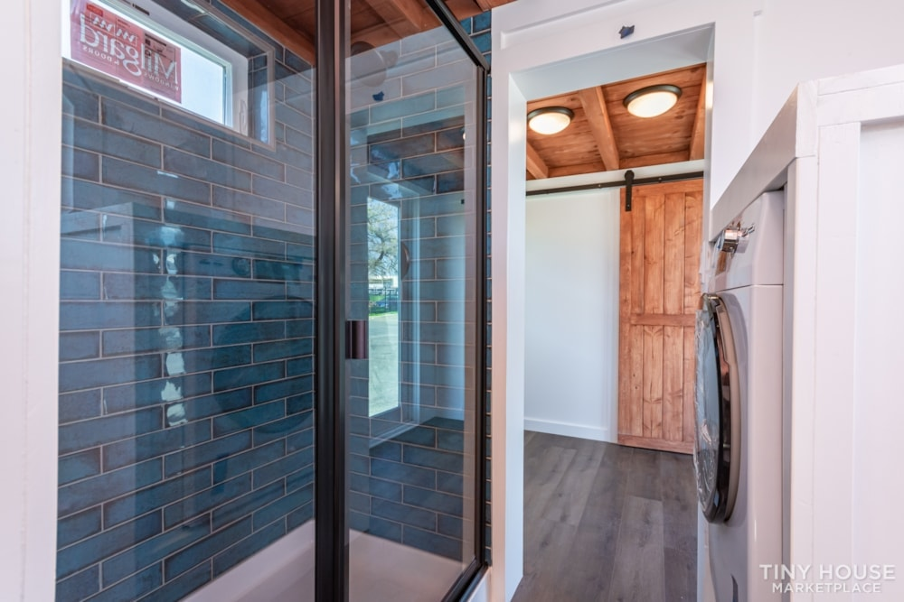 Custom 3 Bedroom 8.5' x 32' Tiny Home On Wheels - Slide 10
