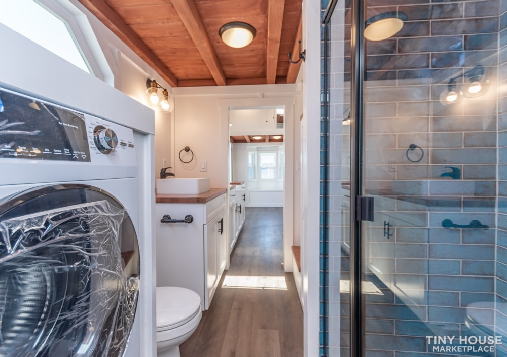 Custom 3 Bedroom 8.5' x 32' Tiny Home On Wheels - Slide 12