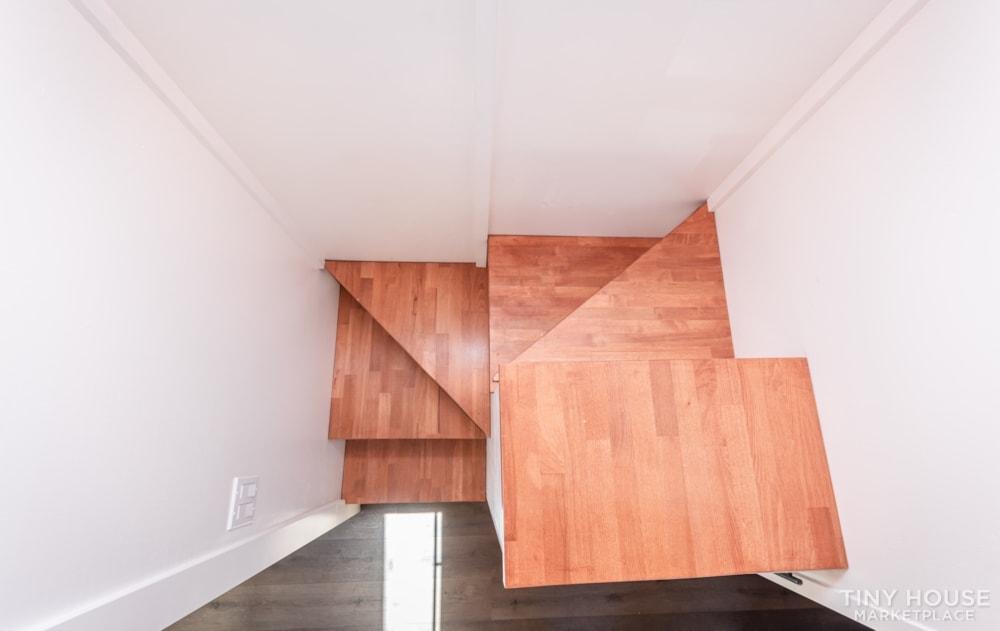 Custom 3 Bedroom 8.5' x 32' Tiny Home On Wheels - Slide 13