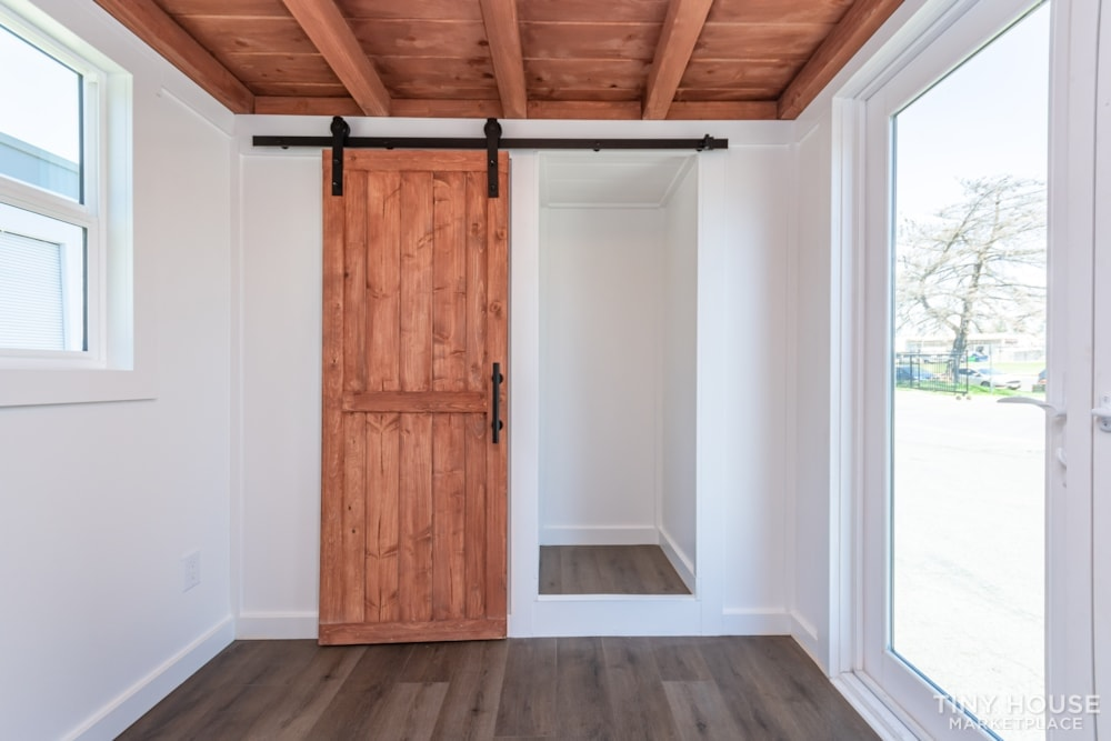 Custom 3 Bedroom 8.5' x 32' Tiny Home On Wheels - Slide 16